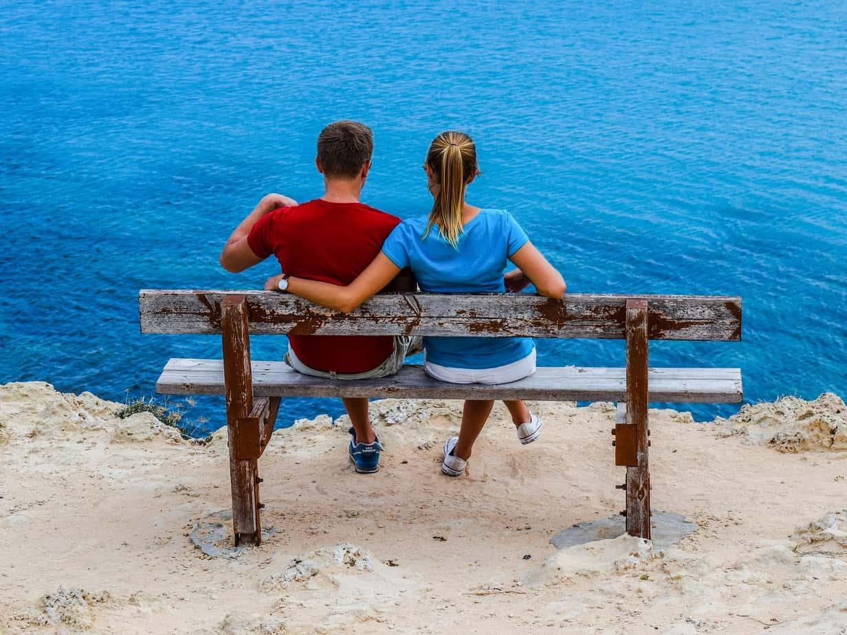 Communication non verbale : 6 façons romantiques pour dire je t'aime