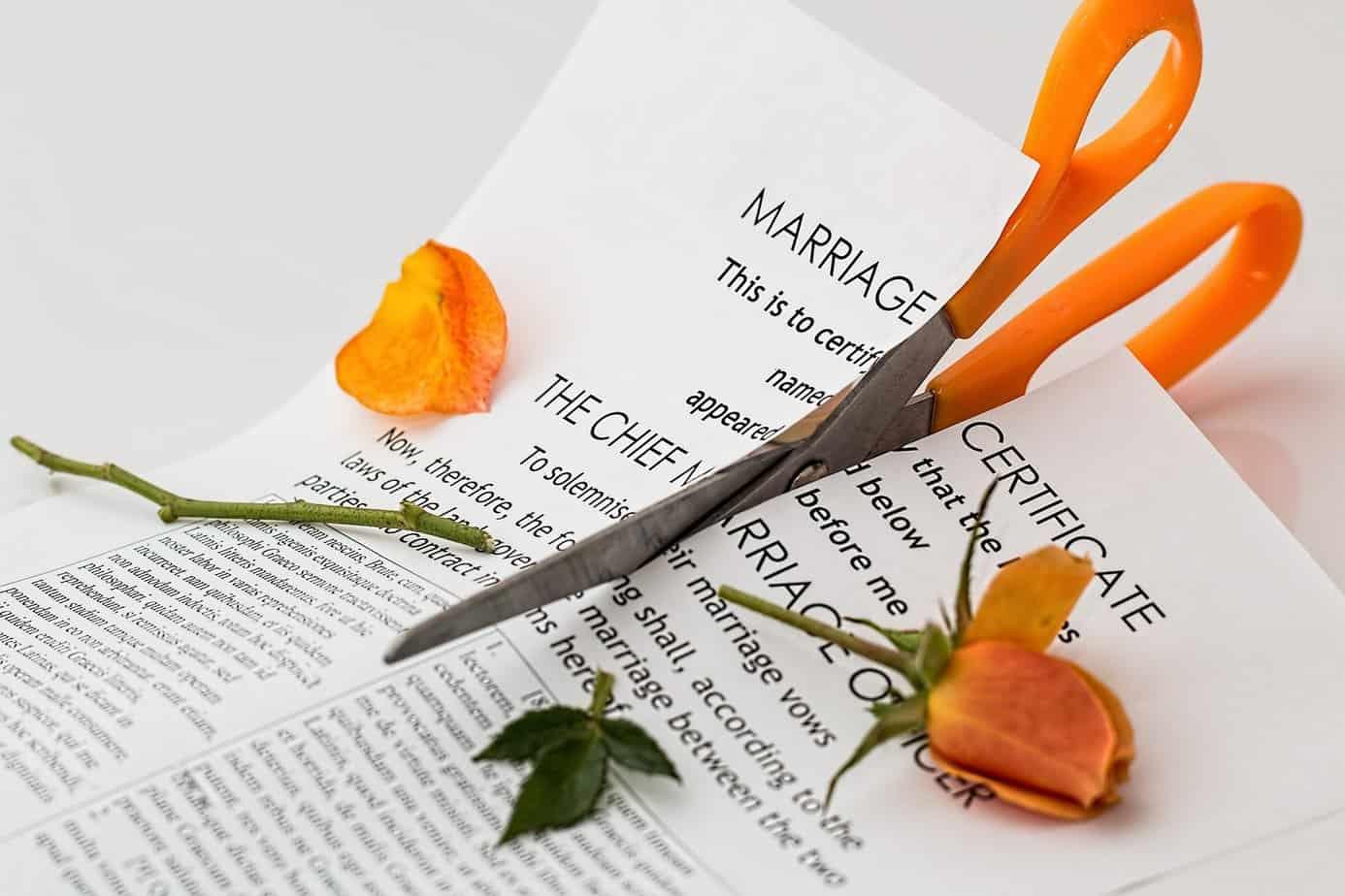 Divorcer ou pas après un adultère : Voici 5 questions pour faire le bon choix
